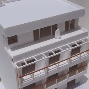 ECO TOWER 00 MODEL